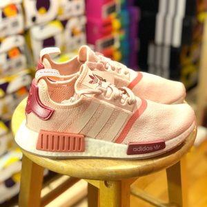 New Women's NMD R1 Pink EG5647